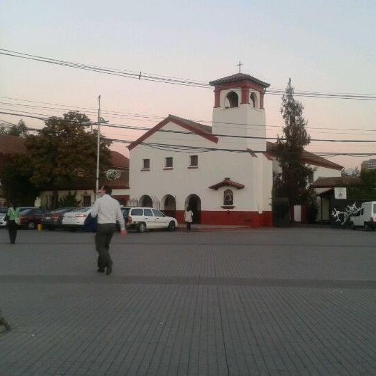 Photo taken at Vicuña Mackenna Con Américo Vespucio by Ricardo D. on 4/19/2012