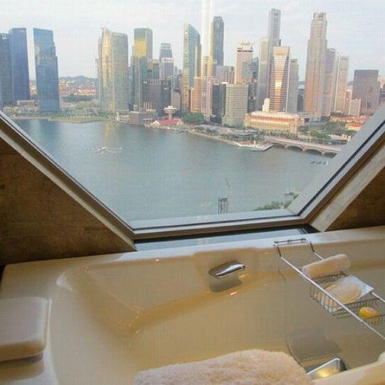 Photo taken at The Ritz-Carlton, Millenia Singapore by Dave on 9/12/2012