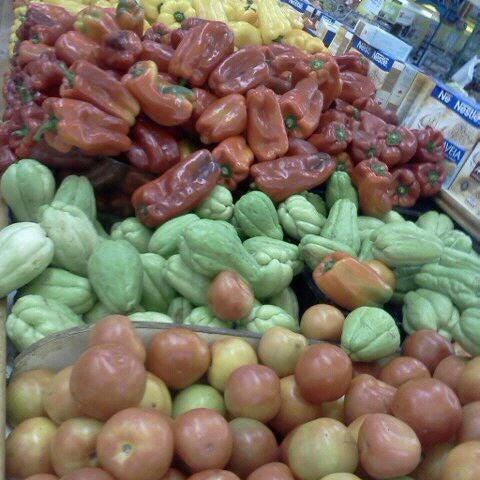 Photo taken at Supermercados Nazaré by Débora C. on 6/3/2012