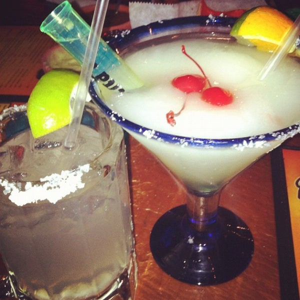 Photo taken at Mamacitas Mexican Restaurant by Roxy B. on 8/1/2012
