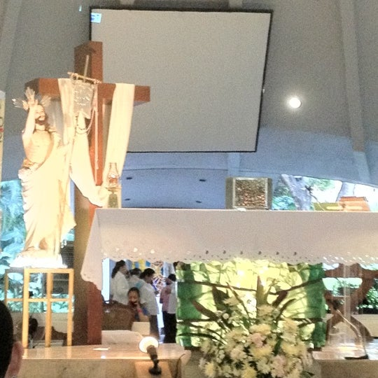 Photo taken at Sto. Niño de Paz Community Chapel by Clifford D. on 4/22/2012