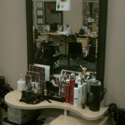 Photo taken at Split Endz Hair and Nails by Eric W. on 5/16/2012