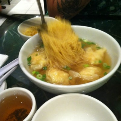 Photo taken at Sang Kee Peking Duck House by Jenna on 9/5/2012