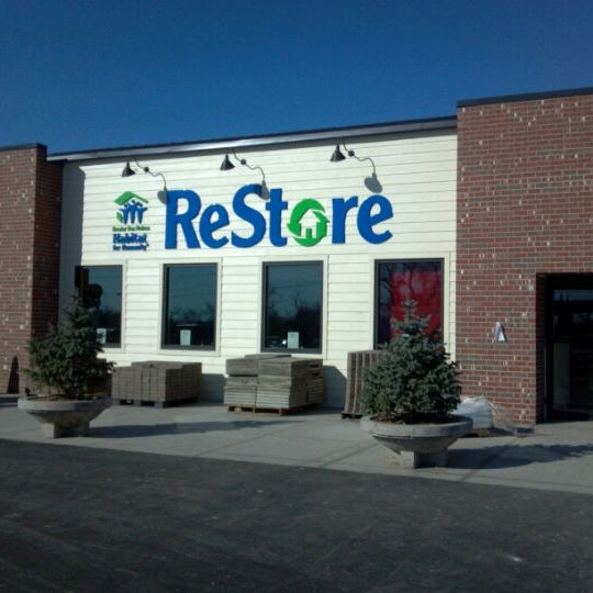 Greater Des Moines Habitat For Humanity Restore Recycling Facility