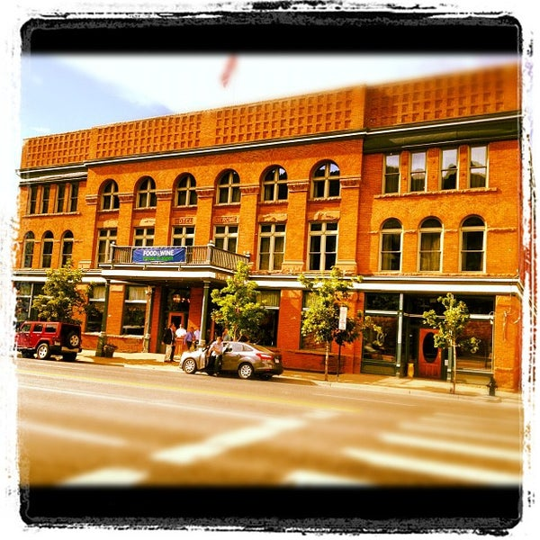 Photo taken at Hotel Jerome by Billy H. on 6/15/2012