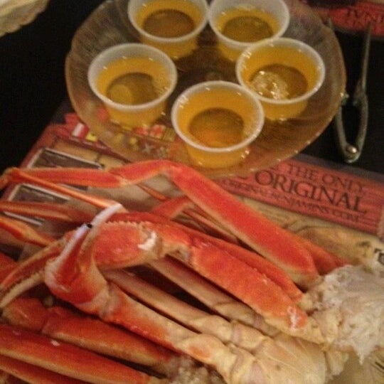 Photo taken at The Original Benjamin's Calabash Seafood by Brittany M. on 7/7/2012