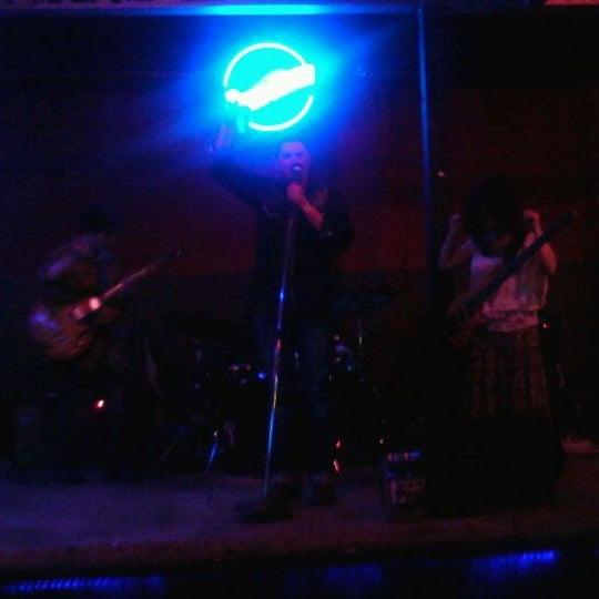Photo taken at Blue Moon by Aleksandar S. on 3/11/2012