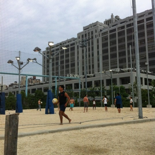 Photo taken at Brooklyn Bridge Park - Pier 6 by Carlo Paolo C. on 6/30/2012