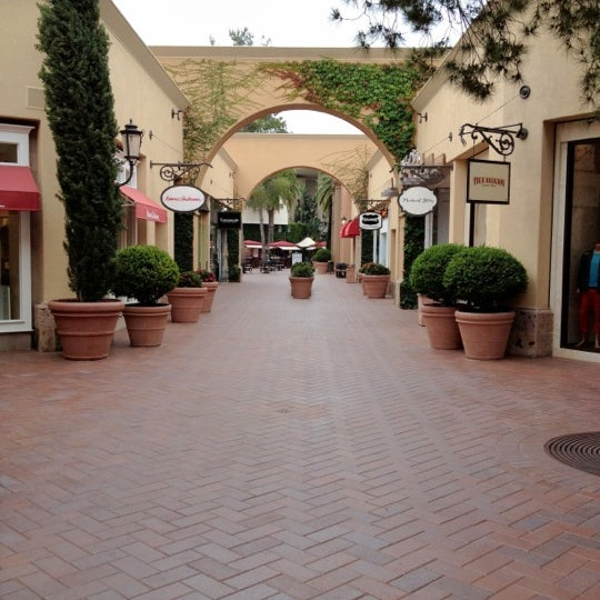 Photo taken at Fashion Island by Steve B. on 7/12/2012