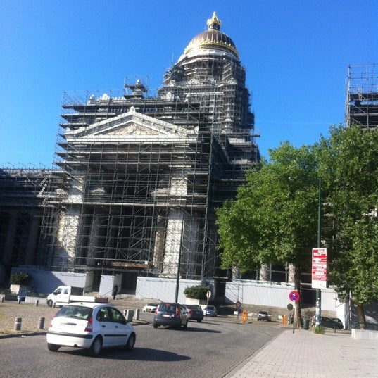 Photo taken at Justitiepaleis / Palais de Justice by Florence F. on 8/16/2012