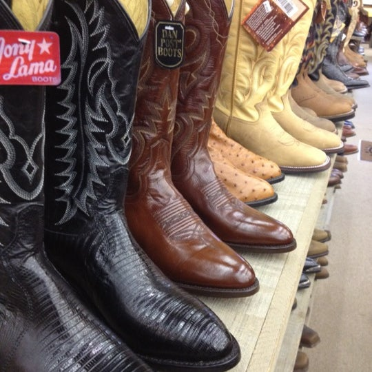 Shop from the world's largest inventory of cowboy apparel and outdoor western wear. Women can find the perfect cowgirl outfit while men can grab all the cowboy necessities. Sheplers has it all from cowboy hats right on down to the boots. Country western dresses make for a fantastic evening out line dancing.