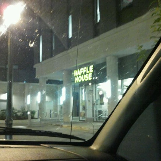 Photo taken at Waffle House by bobby d. on 5/8/2012