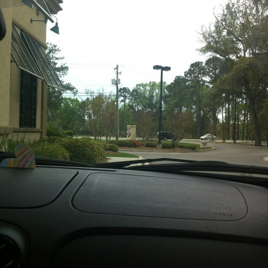 Photo taken at Zaxby's by Shonda B. on 3/18/2012