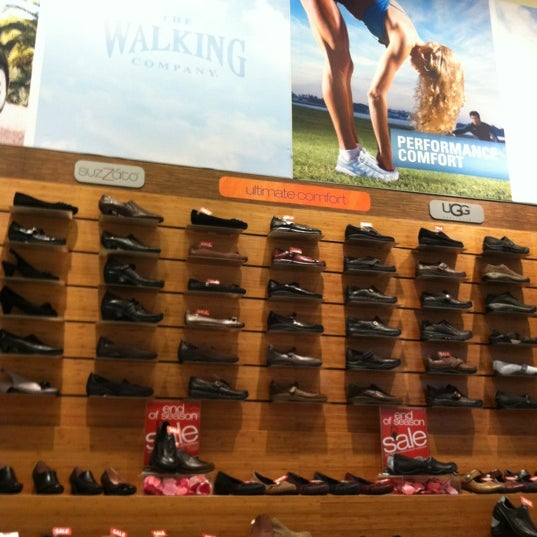 Today's walking shoes are similar to running and cross-training shoes since they provide breathability, cushioning, and support, but they do offer a slightly more casual style. However, it's still important to choose fit over looks.