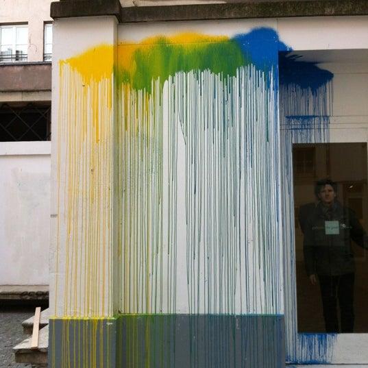 Galeries d 39 art moderne et contemporain for Art contemporain moderne