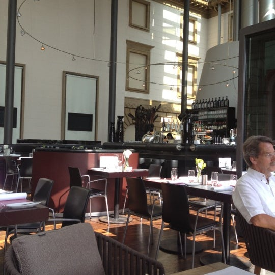 Photo taken at Holbein's Café-Restaurant by José L. on 8/17/2012