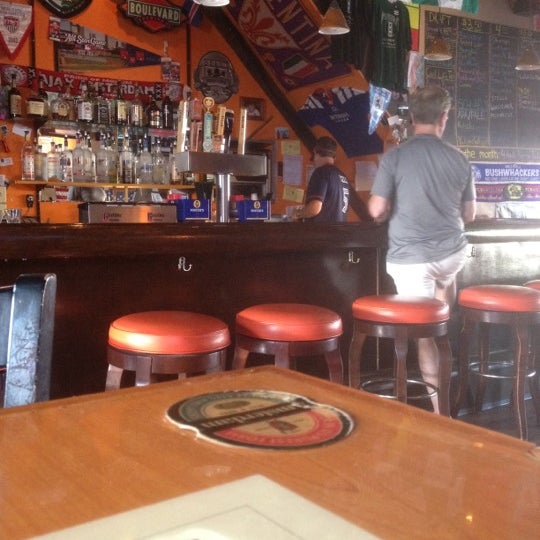 Photo taken at Amsterdam Tavern by Steve Ole O. on 5/30/2012