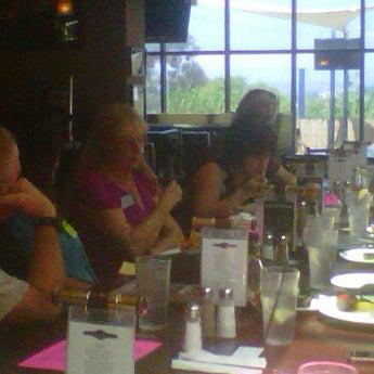 Photo taken at Stadium Sports Bar & Restaurant by Arthur K. on 8/6/2012