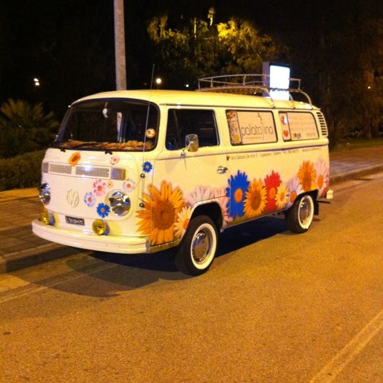 Photo taken at Pizzeria Ristorante Modo by Diego G. on 3/12/2012