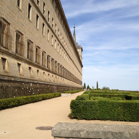 Photo taken at Monasterio de San Lorenzo de El Escorial by Monica S. on 5/27/2012