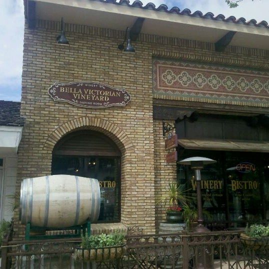 Photo taken at Bella Victorian Winery Tasting Room by Tischa C. on 4/26/2012