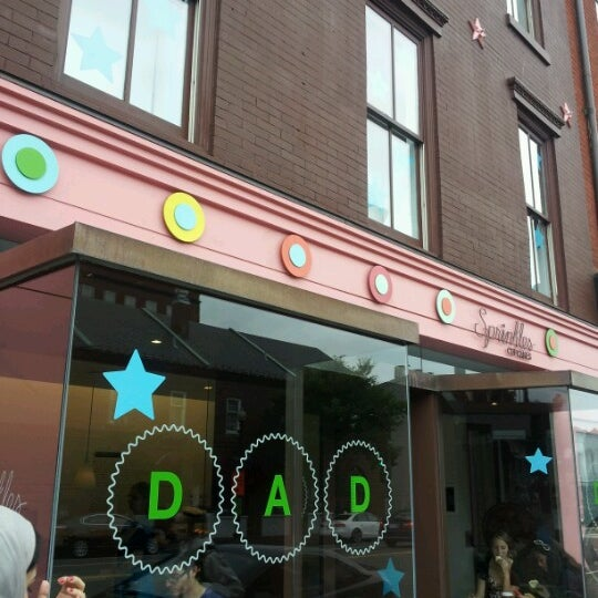 Photo taken at Sprinkles Cupcakes by Christian F. on 6/18/2012