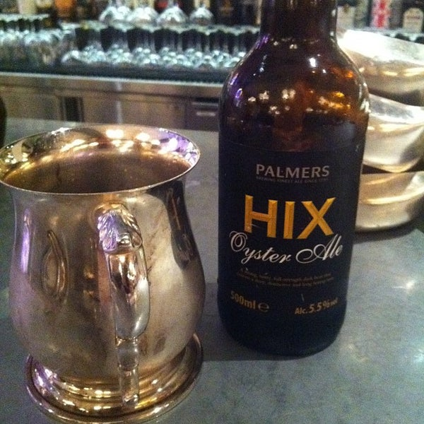 Photo taken at Hix by John L. on 8/22/2012
