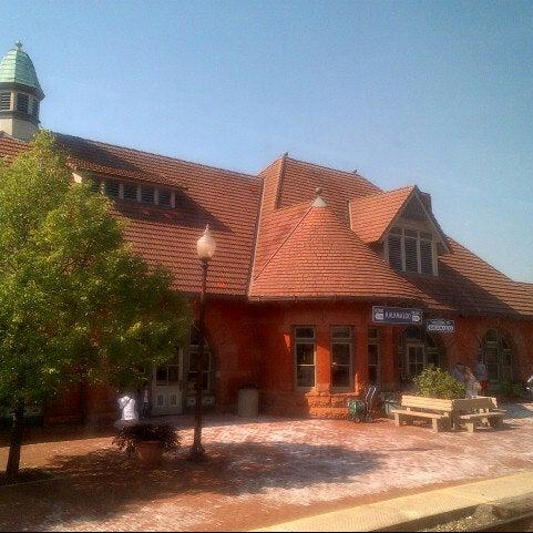 Photo taken at Kalamazoo Transportation Center - Amtrak (KAL) by Larry L. on 8/4/2012