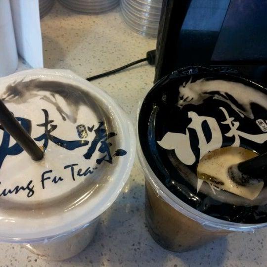 Photo taken at Kung Fu Tea 功夫茶 by Susanna M. on 2/10/2012