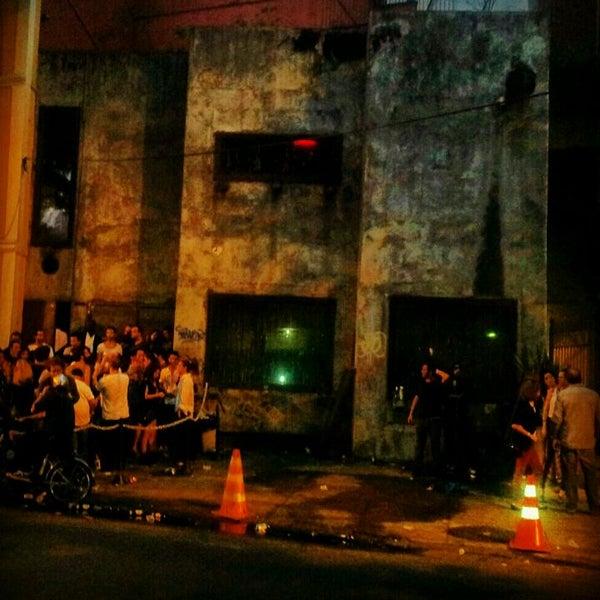 Dama de ferro now closed nightclub in rio de janeiro for Miroir night club rio de janeiro