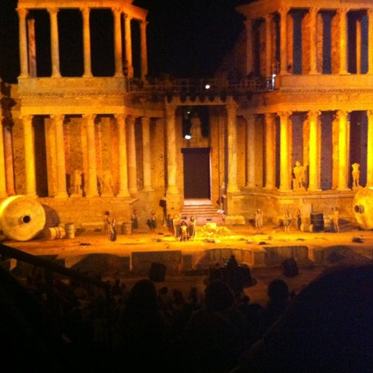 Photo taken at Anfiteatro Romano by Pierre H. on 8/17/2012