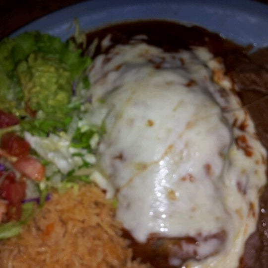 Photo taken at Mamacitas Mexican Restaurant by Michael L. on 6/21/2012