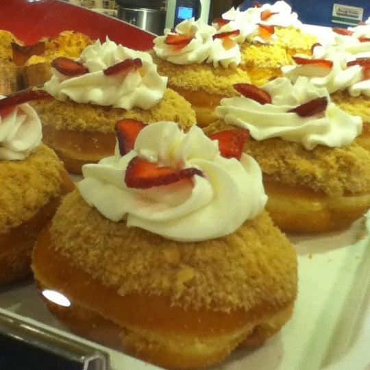 Photo taken at Krispy Kreme by Keith Joseph S. on 4/15/2012