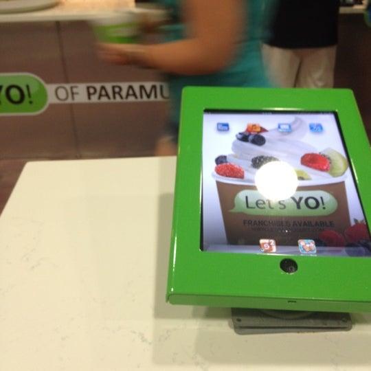 Photo taken at Let's YO! Yogurt by Emely M. on 7/10/2012