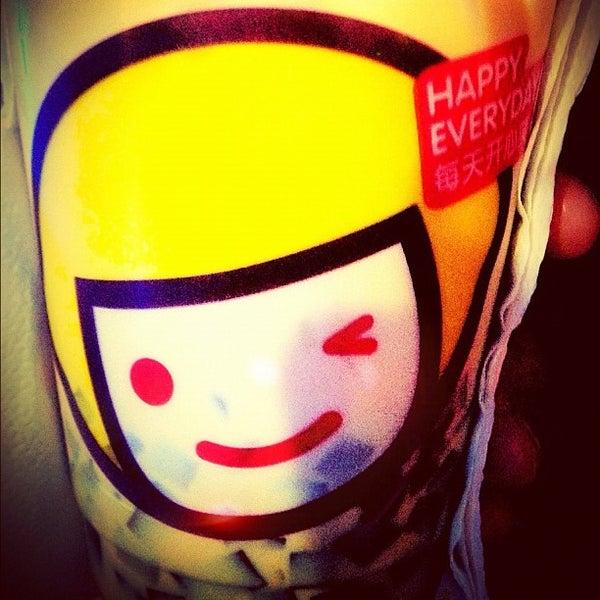Photo taken at Happy Lemon by Aris V. on 4/9/2012