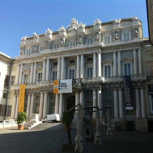 Foto scattata a Palazzo Ducale da Olga M. il 8/20/2012