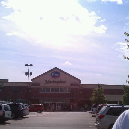 Photo taken at Kroger by Sue H. on 5/14/2012
