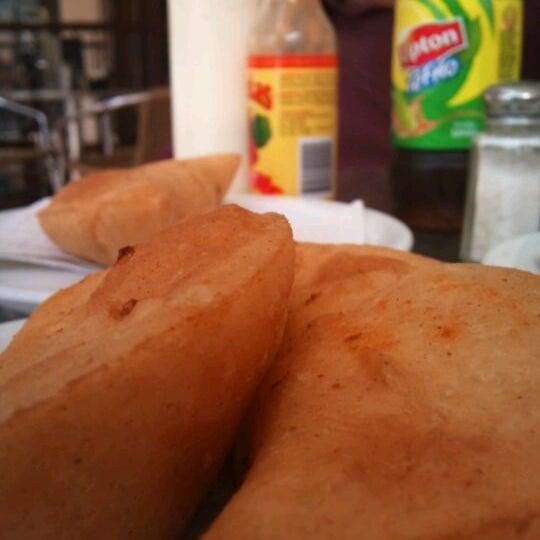 Photo taken at Panadería Los Venezolanos by Luiti E. on 7/17/2012