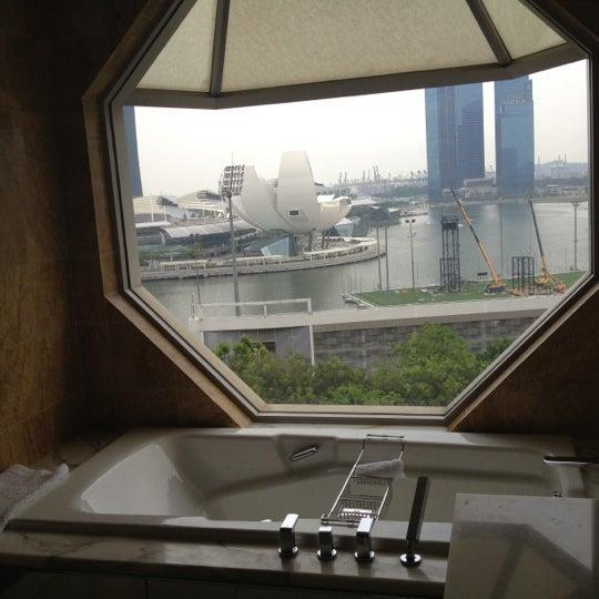 Photo taken at The Ritz-Carlton Millenia Singapore by Jeff on 8/22/2012