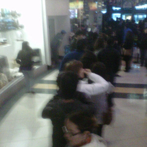Photo taken at Cine Hoyts by Mario Javier U. on 8/5/2012