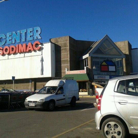 Photo taken at Homecenter Sodimac by Mauricio P. on 6/26/2012