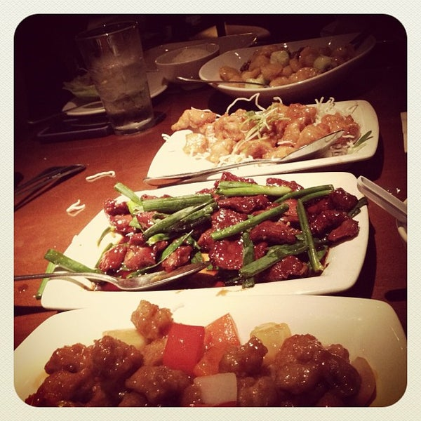 Photo taken at P.F. Chang's by Aqui G. on 3/3/2012