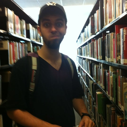 Photo taken at New York Public Library - Riverside Library by Patrícia D. on 7/10/2012