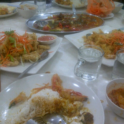 Photo taken at Homst Restaurant by sunie s. on 8/5/2012