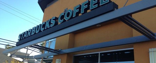 Photo taken at Starbucks by William F. on 4/15/2013