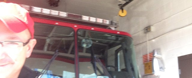 Photo taken at Knoxville Fire Department by Scott N. on 12/25/2013