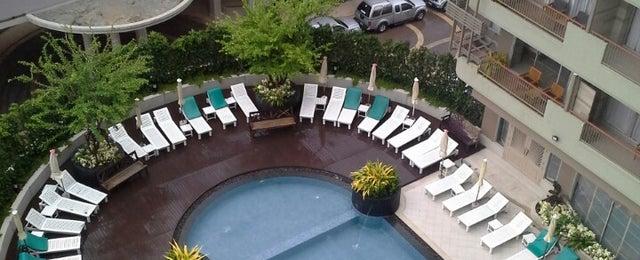 Photo taken at Long Beach Cha-am Hotel (โรงแรมลองบีช ชะอำ) by ธวัช ว. on 7/11/2013