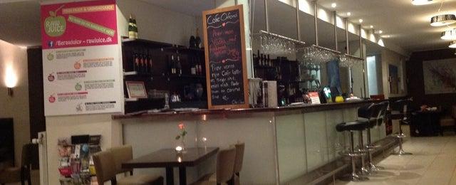 Photo taken at Oxford Café by Serge S. on 3/20/2014