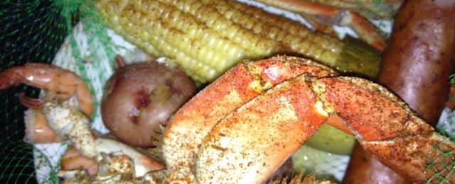 Photo taken at Joe's Crab Shack by Shaquena H. on 6/28/2012