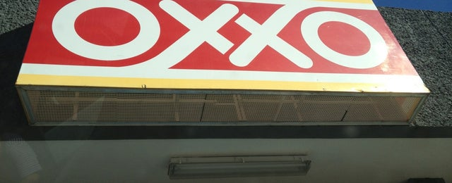Photo taken at Oxxo by Roy S. on 2/12/2013